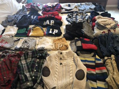 55 pc LOT of Boys Clothes - 4T - EUC - GAP, NIKE & COLUMBIA - from N/S & Pet-Free home