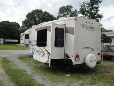 2007 Coachmen WYOMING 335RETS