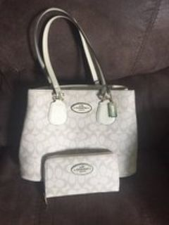 matching (knock off) coach purse n wallet