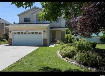 1009 W 900 S Woods Cross Three BR, Absolutely darling 2 story