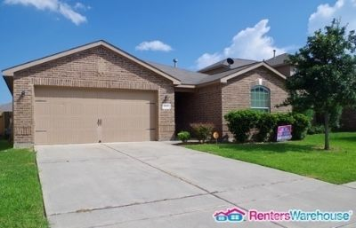 Gorgeous 4bedroom 2bath Ready to move in!!