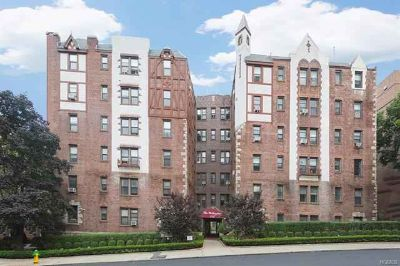 312 Main Street #5C White Plains Two BR, Tastefully and