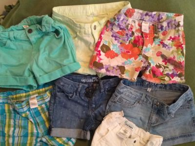 Lot of girls clothes size 7