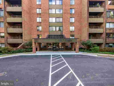 3 Southerly CT #403 Towson, Price Improved.