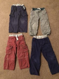 Mini boden size 4y boys 4 pairs