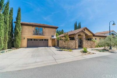 80 Riviera Court CHICO, Main house has Three large BR and