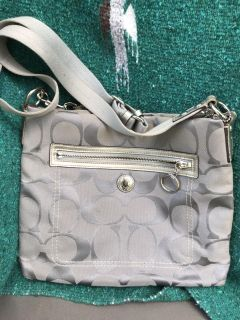Great condition clean Coach Purse !