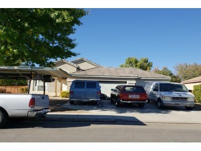 4 Bed 2 Bath Preforeclosure Property in Lancaster, CA 93536 - Blossom Dr