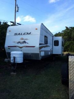 2009 Salem, 36ft travel trailer