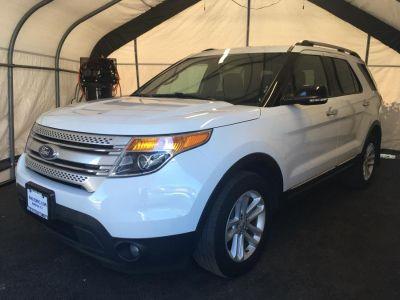2015 Ford Explorer XLT (White)