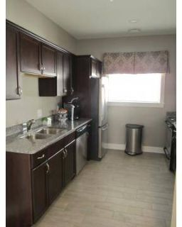2 Beds - Edgewater Apartment Homes