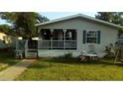 Very nice manufactured home with lots of amenities at [url removed]