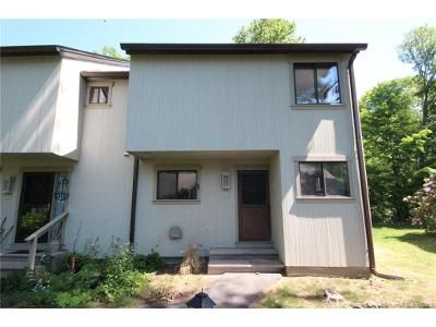 2 Bed 2 Bath Foreclosure Property in Woodbury, CT 06798 - Highpoint Ct # 4