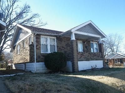 2 Bed 1 Bath Foreclosure Property in Saint Louis, MO 63114 - John Pl