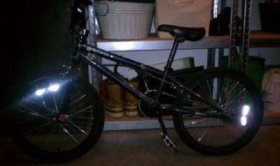 $40 FELT BASE BMX BIKE (Overland Park)
