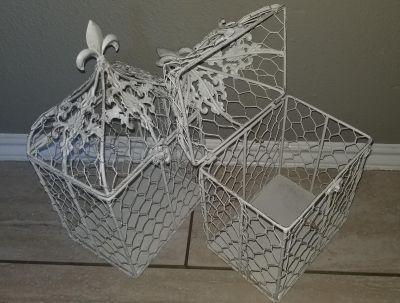 2 decorative wire Cages