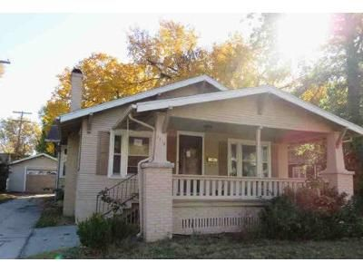 3 Bed 1 Bath Foreclosure Property in Hutchinson, KS 67502 - N Walnut St