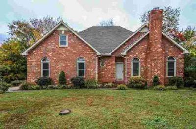 2715 Albany Ct Murfreesboro, Gorgeous brick home with 4