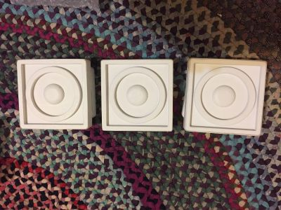 """Pottery Barn Kids set of 3 Square Circle Quilt Clips 4"""" White Wood"""