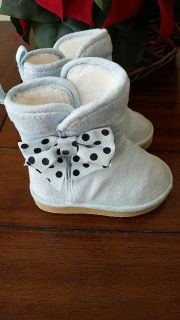 Gymboree Winter Boots Baby Blue Color Adorable on! Extra pics