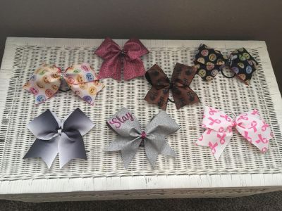 7 cheer bows for $15