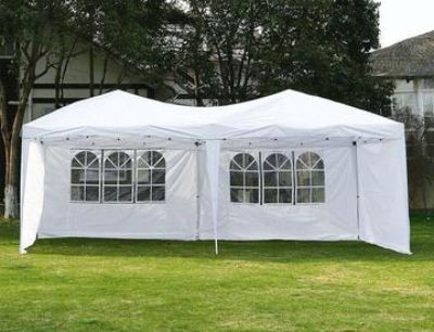 10'x20' instant pop up canopy with case and removable walls