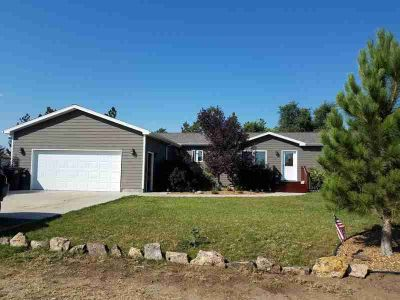 603 5th St South Heart Four BR, Nice newer ranch style close to