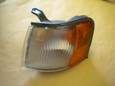 Find 87 88 89 90 TOYOTA TERCEL FRONT LH LEFT TURN SIGNAL CORNER MARKER LIGHT motorcycle in Orem, Utah, US, for US $35.00