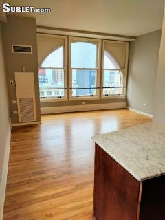 $1600 studio in Downtown