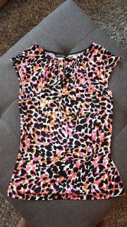 BNWOT Brody Myles Lady's Size Medium Sleeveless Shirt with Beautiful Keyhole Design