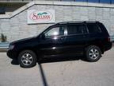 Used 2005 TOYOTA HIGHLANDER For Sale