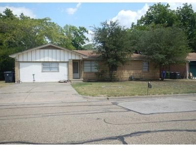 3 Bed 1 Bath Foreclosure Property in Waco, TX 76704 - Pryor St