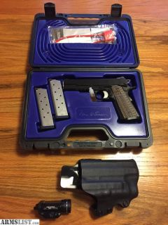 For Sale: Dan Wesson Specialist .45 +light and Kydex holster