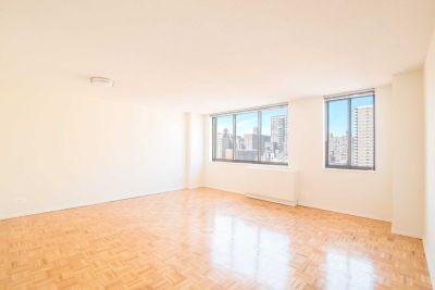 3 bedroom in Upper West Side
