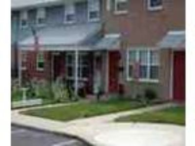 Vineland Three BR Minutes From Everything You Need