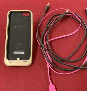 Morphie Juice Pack, charging cords, pop socket for iPhone 6