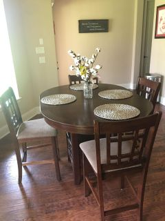 Kitchen Counter Height Table and Chairs