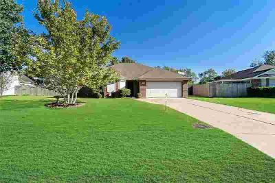 2415 Overland Trail Dickinson Three BR, HOME DID NOT FLOOD IN