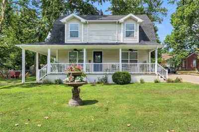 405 North Adams Festus Three BR, Are you looking for the perfect