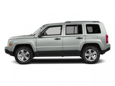 2014 Jeep Patriot Latitude (Bright White Clearcoat)