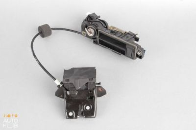Find MERCEDES E500 E C CLK SLK CLASS TRUNK LID LATCH LOCK MECHANISM W/ HANDLE OEM motorcycle in Roseville, California, United States, for US $125.00
