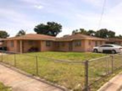 NW Miami Dade Turnkey 5/3 Duplex for $259,000! A.R.V. -- $350,000!