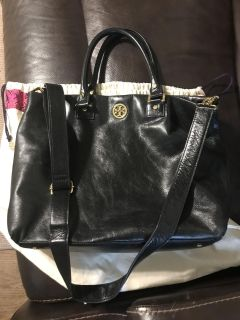 Tory Burch black leather bag (gorgeous)