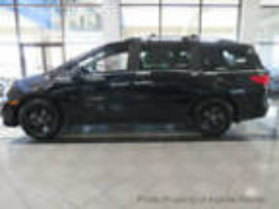 2019 Honda Odyssey EX-L w/Navi/RES with Accessories EX-L w/Navi/RES with