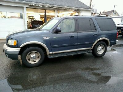 1999 Ford Expedition Eddie Bauer / Sun Roof / Remote Start / Located in Edison, NJ