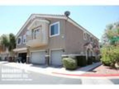 Charming 2Bdm Two BA Townhome in Henderson