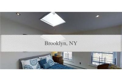 2 bedrooms Townhouse - The apartment with 10ft living room ceiling.