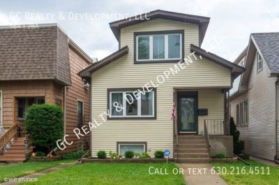 ***5 BDRM / 2 BATHS / VAULTED KITCHEN CEILING  / 2 CAR GARAGE / FENCED YARD / FINISHED BASEMENT***