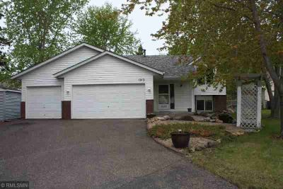 1212 18th Avenue SE Forest Lake Five BR, Beautiful move in ready