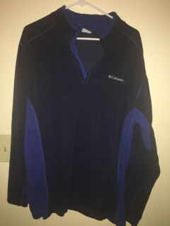Two toned Blue Columbia Half Zip Pullover